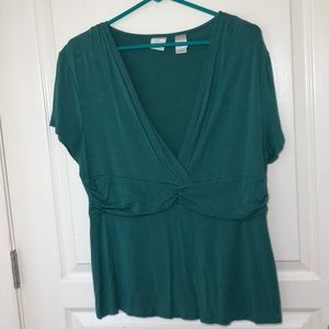 EMMA JAMES SURPLICED VNECK GREEN WOMAN'S TOP